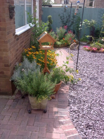 Work carried out by Dodson Landscape